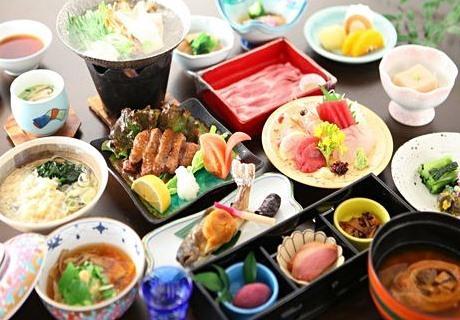 suminoyu ryokan traditional dinner